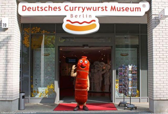 currywurst_museum_berlin_aussenansicht_curr