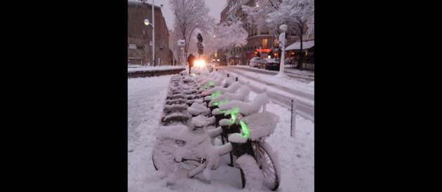neige-a-paris-velib-10363236qvwsf_1713 - Crédits TF1 News