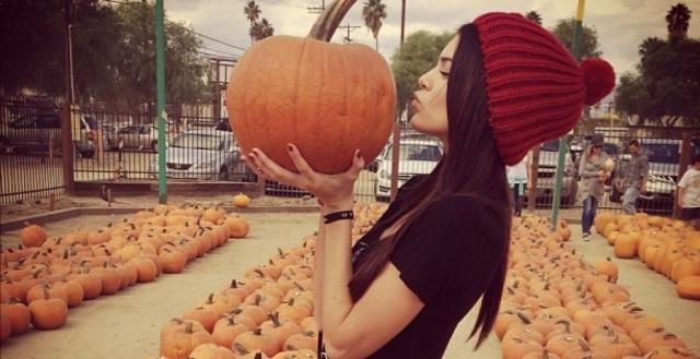 bonnet-pompom-rouge-halloween