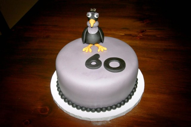 Funny-60th-Birthday-Cakes-For-Mens
