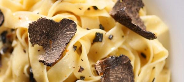 tagliatelles-y-la-truffe-noire